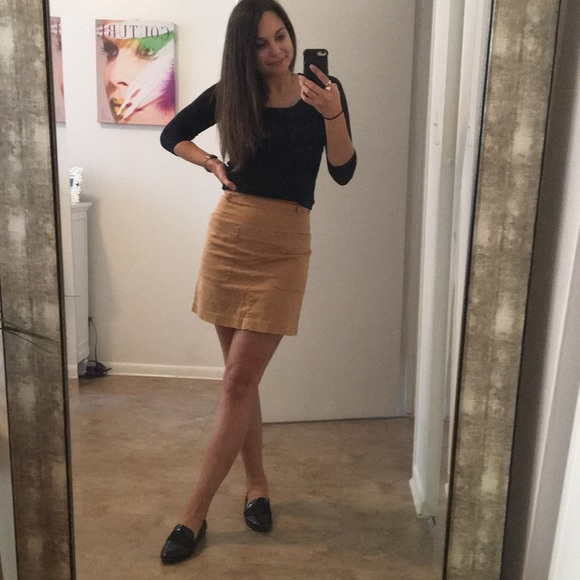 29168c18f H&M Skirts | Hm High Waisted Skirt With 2 Front Pockets | Poshmark